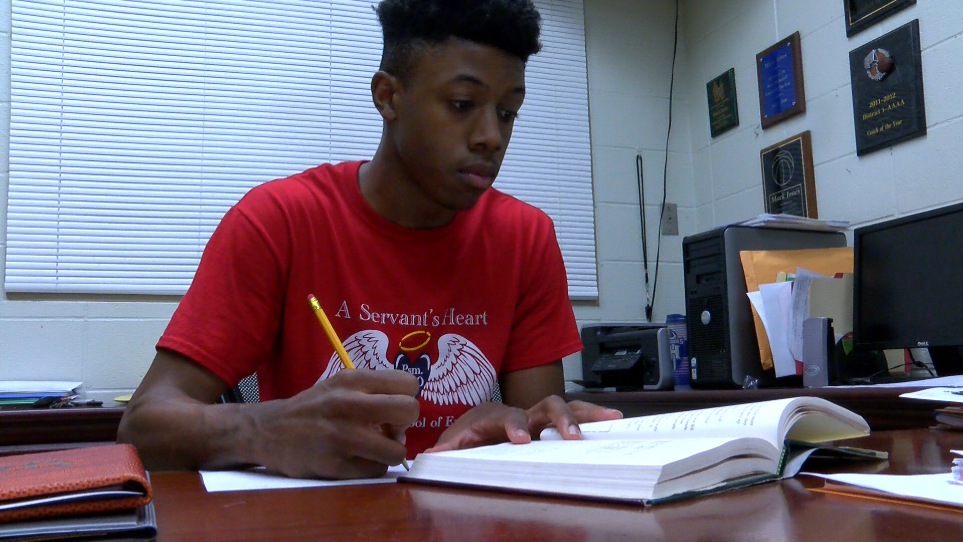 STANDOUT STUDENT GAYBRIEL GILLIAM_1490806401785.jpg