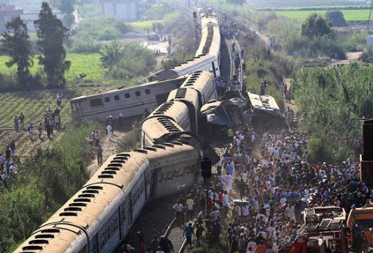 Train crash in Egypt 08.11.17_1502472389969.PNG