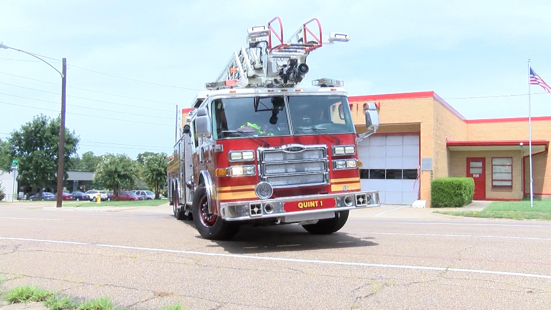 fire truck_1504048268171.jpg