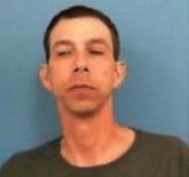 El Dorado man wanted for robbery 09.07.17_1504794920764.PNG