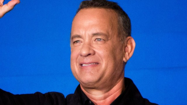 Tom Hanks_1513082645623.jpg