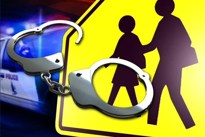 Middle school student arrested for touching teacher inappropriately_2604833191238126334