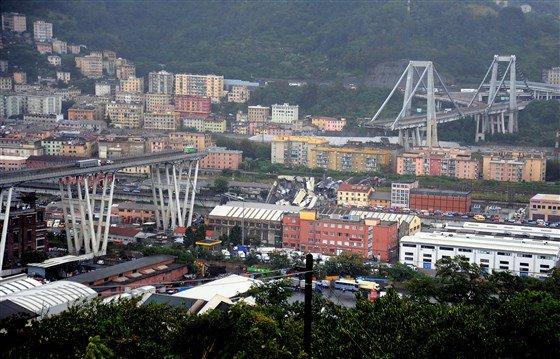 Italy bridge collapse_1534253485135.jpg.jpg