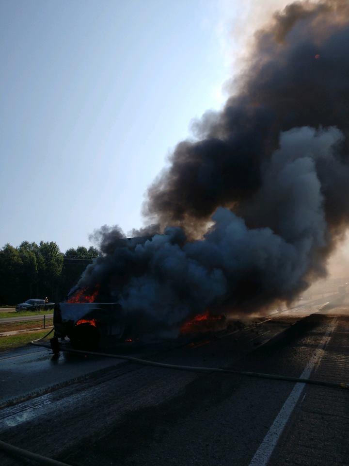 Texarkana I-30 crash_1534866879207.jpg.jpg