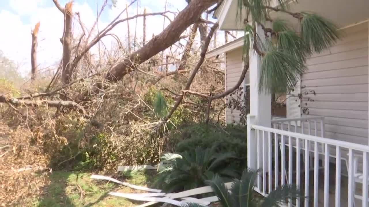 Residents return to devastated homes as Hurricane Michael death toll climbs
