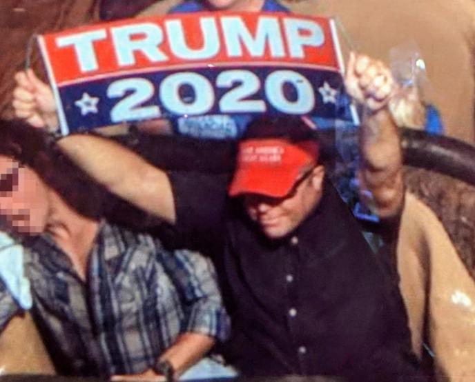 Disney bans Trump sign holder 11.14.18_1542216576006.PNG.jpg