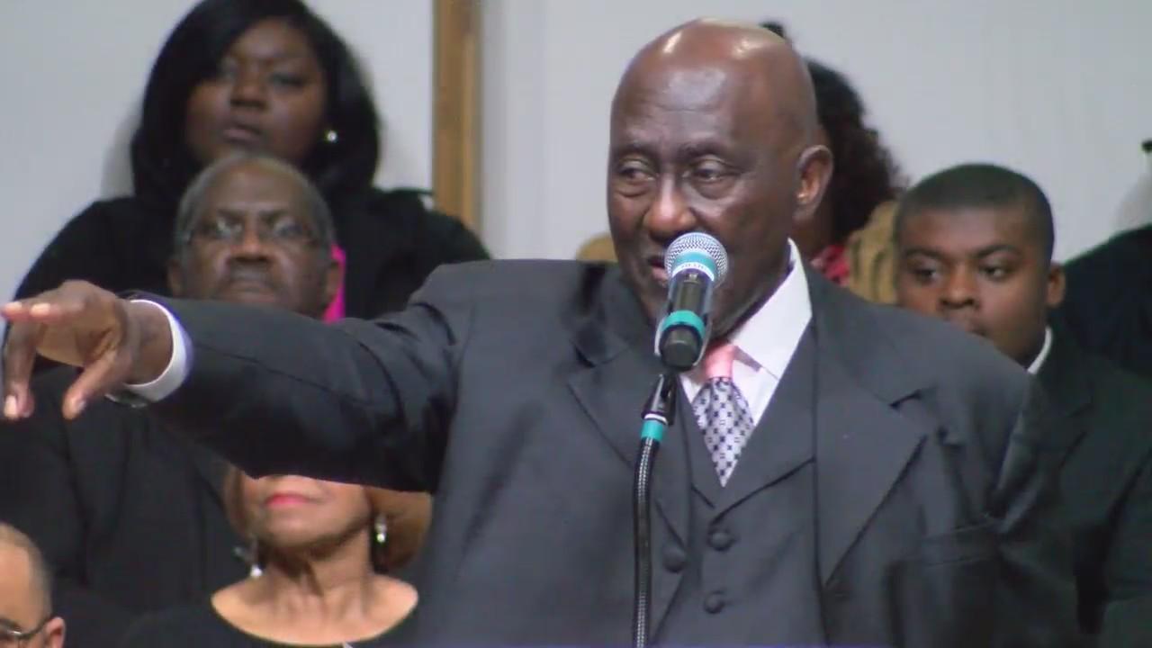 Rev  Harry Blake bids farewell to church with final sermon