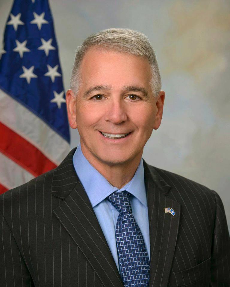 Ralph_Abraham_official_congressional_photo_1513108374019.jpg