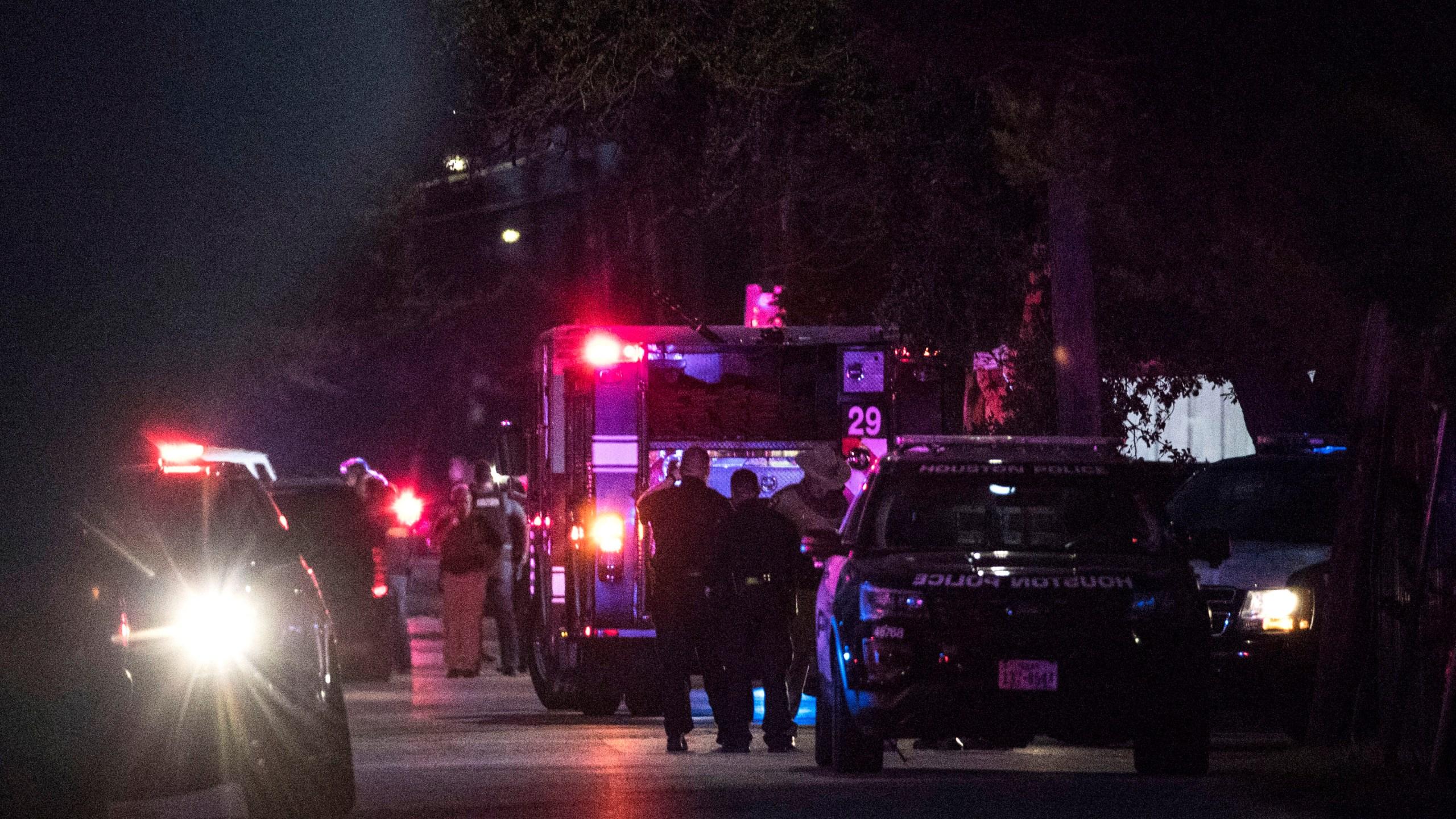 Houston_Officers_Shot_87348-159532.jpg86623473