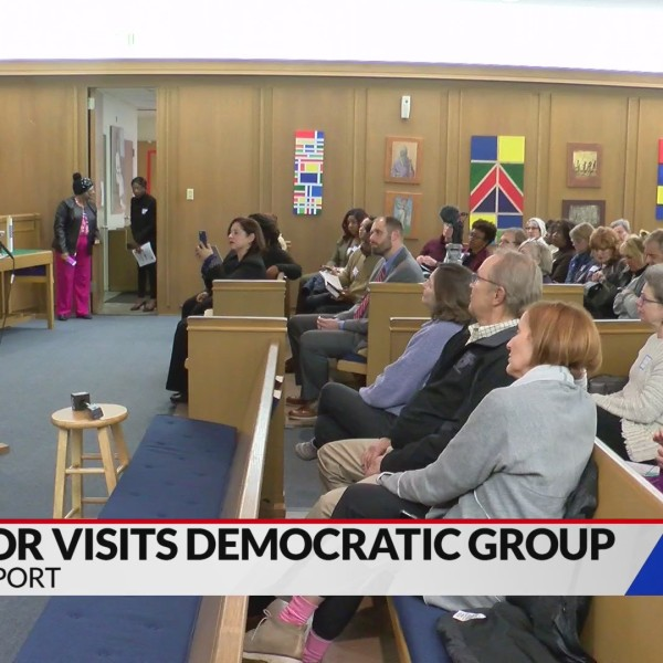 Perkins meets with Democratic group