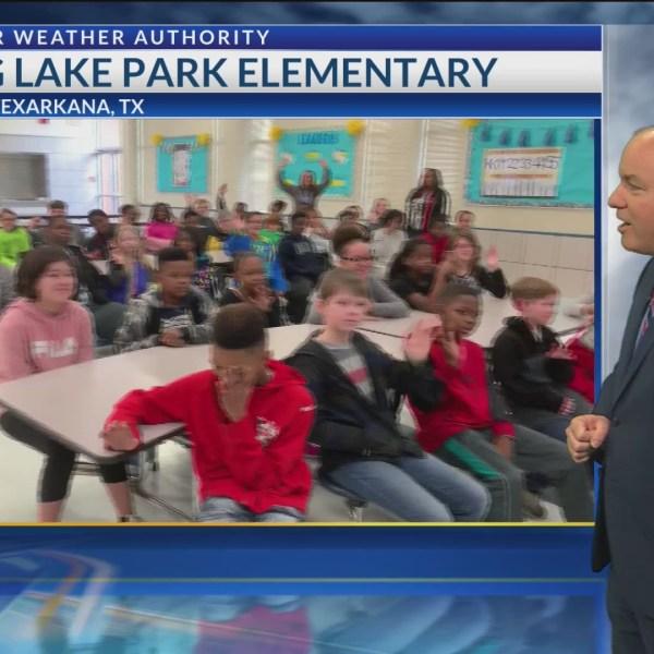 Todd Warren visits Spring Lake Park Elementary