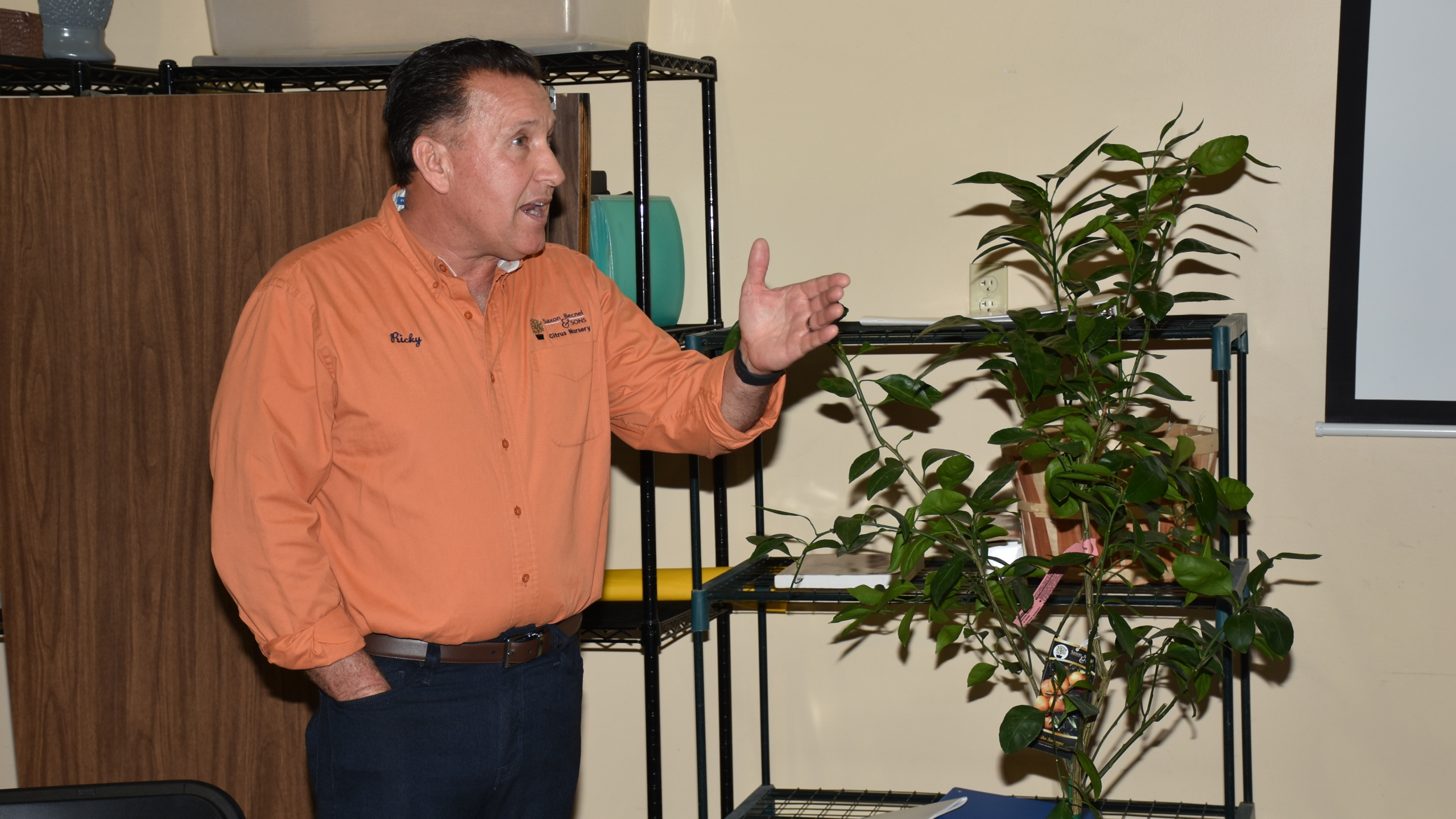 Citrus tips and tricks discussed at meeting_1552501210541.JPG.jpg