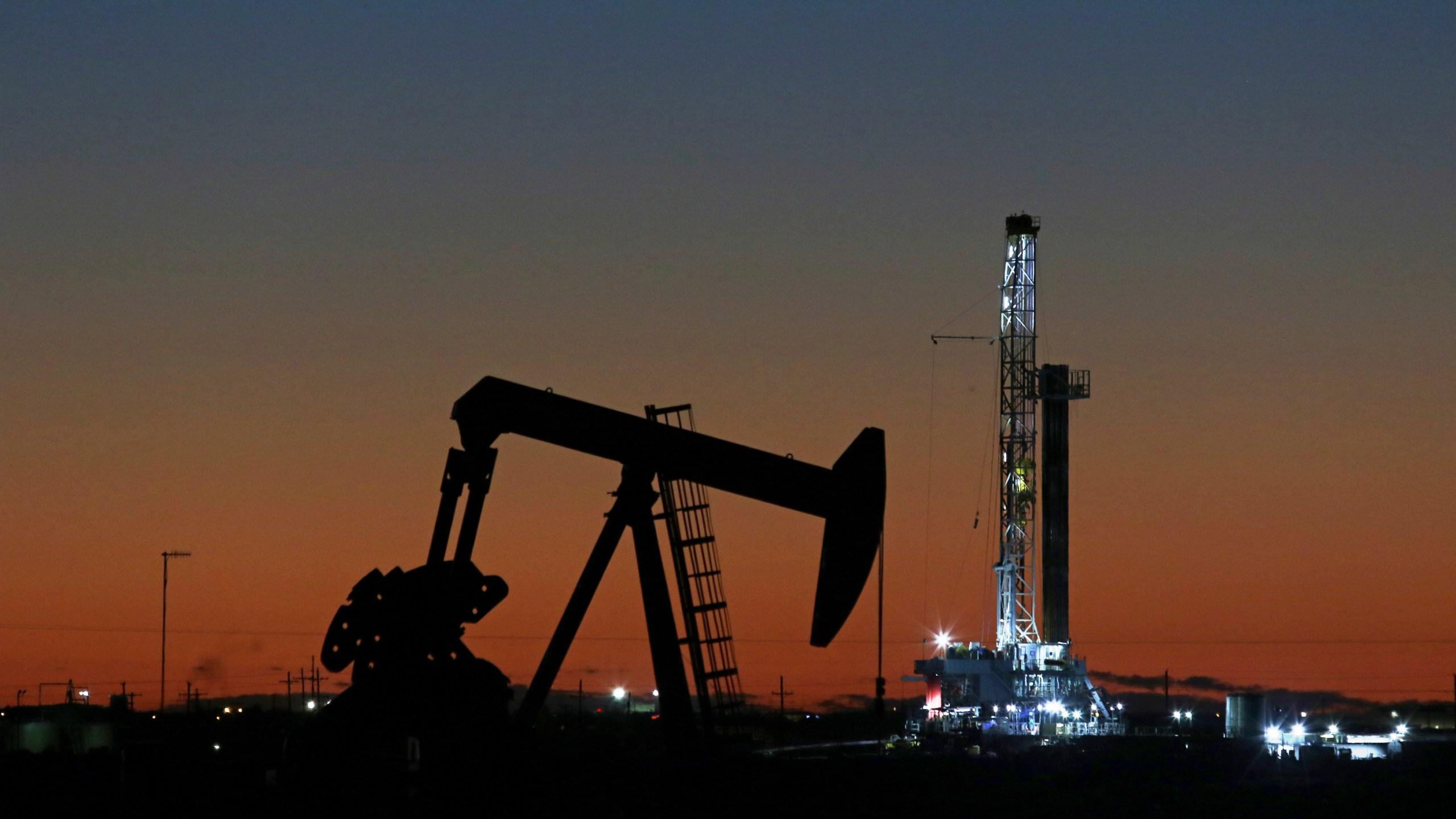 Air_Pollution_Oil_Drilling_Texas_00756-159532.jpg23319753