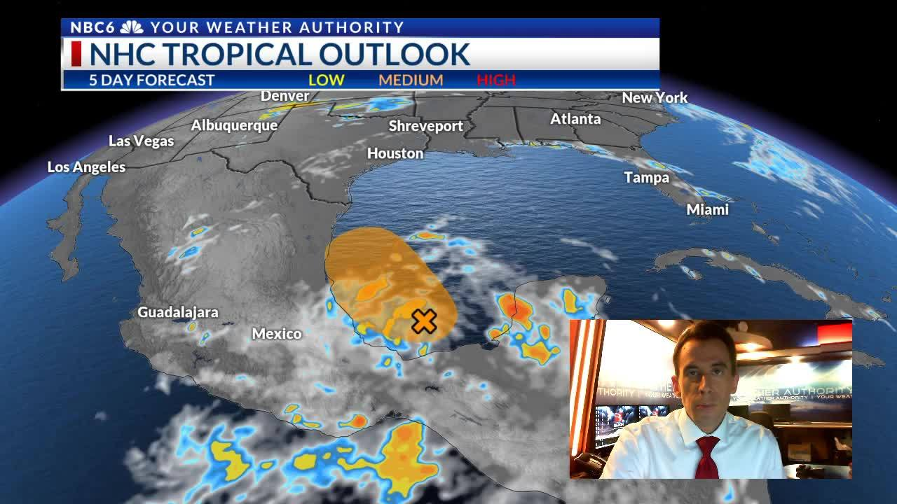 Chance of storms returns on a hot Sunday   watching the Gulf of Mexico