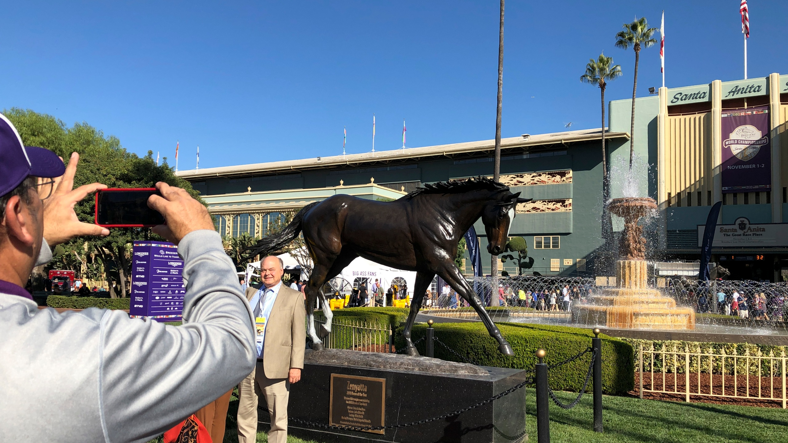 1 Man 1 Horse Video Link fans stream into santa anita for breeders' cup