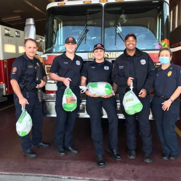 Salute The Badge: Fire Fighters receive Thanksgiving gift